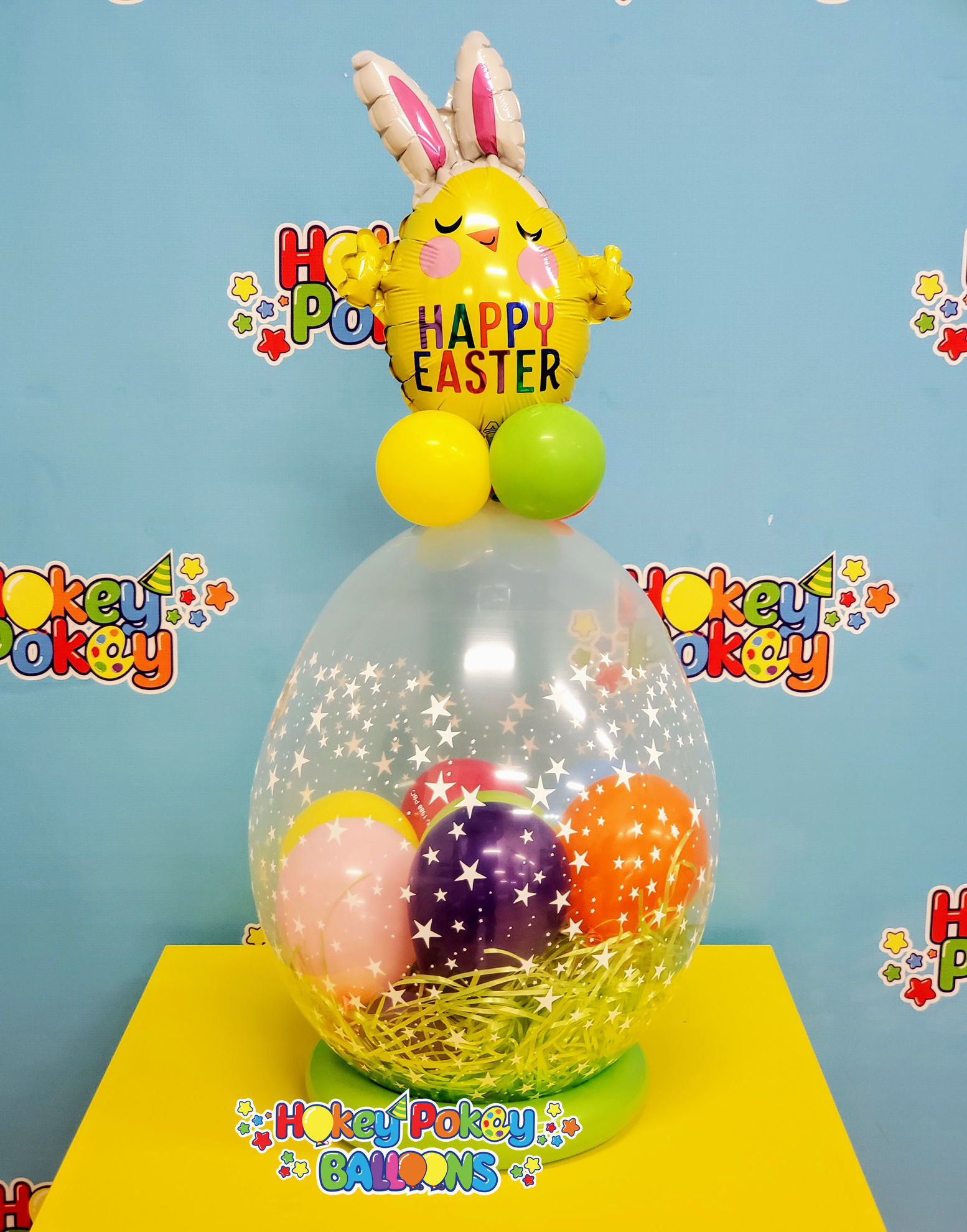 Picture of Easter Hunt - Stuffed Balloon Gift with a ring Base