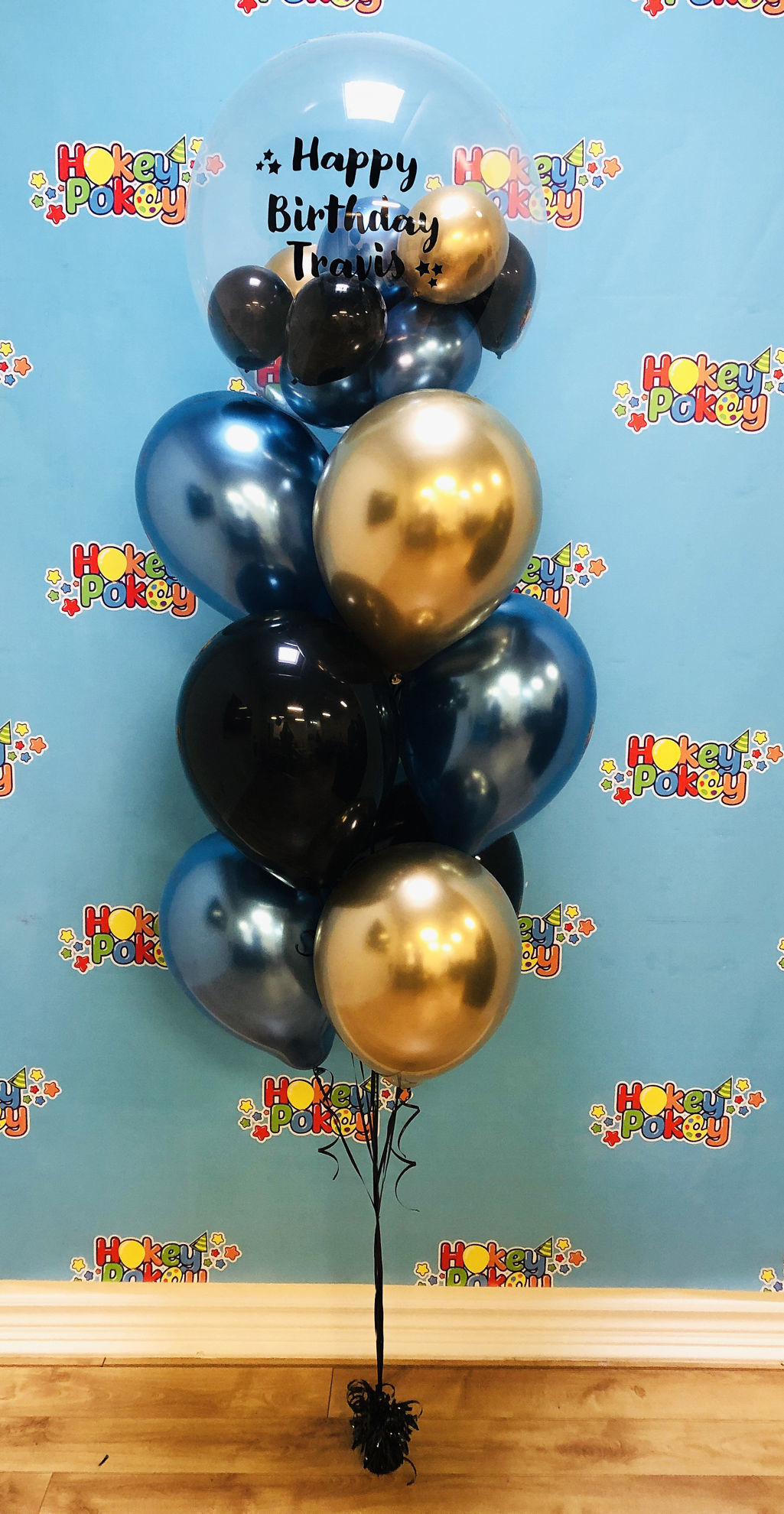 Picture of Personalized Birthday Balloon Bouquet with Clear stuffed Topper (10pc)